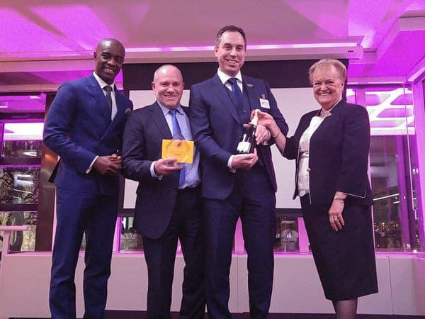 20160203-Award being presented-0008